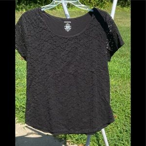 George short sleeve top with lace overlay, size L